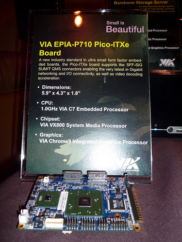 via-pico-itx-mainboard