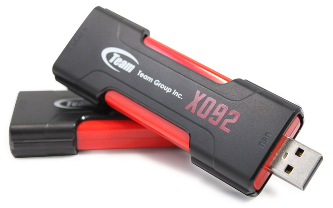 Team Group X092 dual interface USB disk