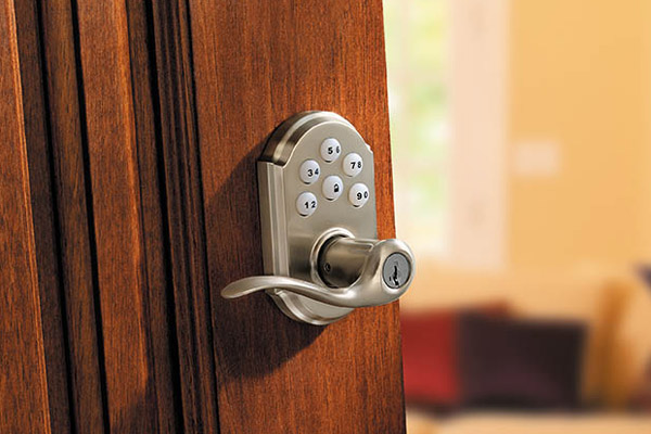 SmartCode Tustin Lever in Satin Nickel