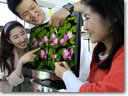 LG reveals 21.5-inch Full HD LCD monitor with optical touch technology