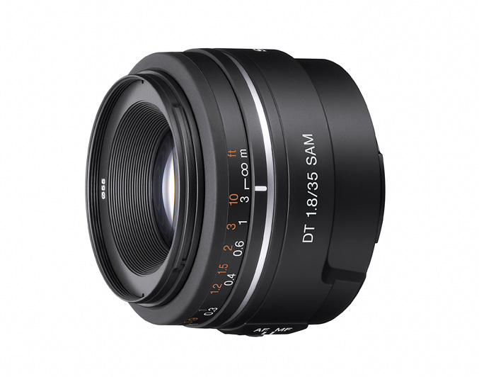 Sony unveils three new A-Mount lenses