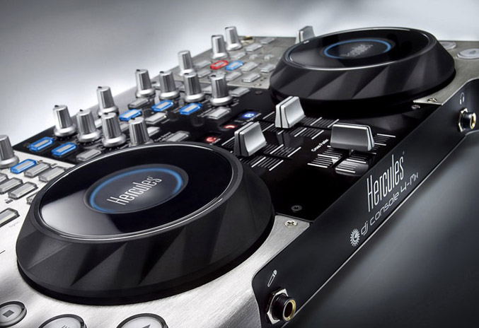 Hercules'new the DJ Console 4-Mx for Pro DJs