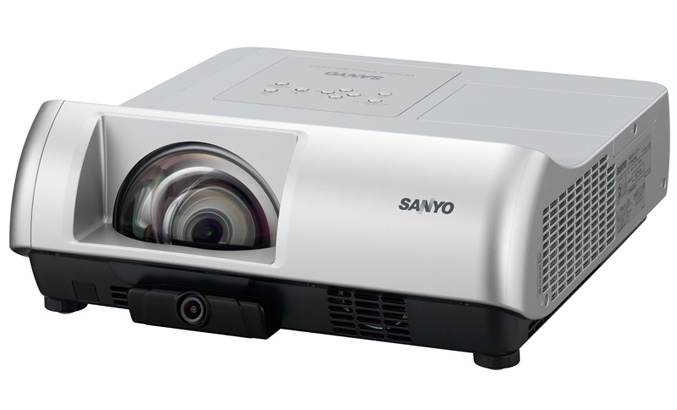 Sanyo PLC-WL2503 short-throw multimedia projector