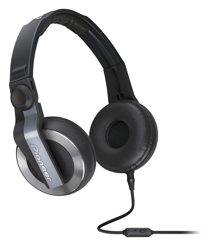 Pioner's HDJ-500T headphones variant comes with in-line microphone
