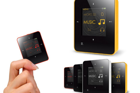 Creative ZEN Style M100/300 portable media player offer Bluetooth wireless audio playback