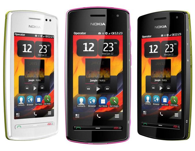 Nokia 600