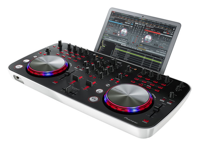Pioneer DDJ-ERGO-V USB-powered DJ controller