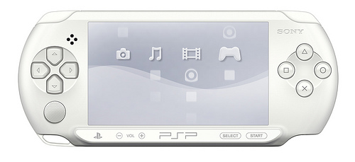 Sony Ice White PSP-E1000