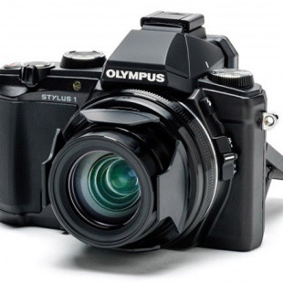 Olympus plans compact flagship digital camera