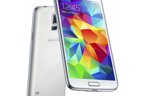 Samsung Galaxy S5 maker suffers fire, delays likely