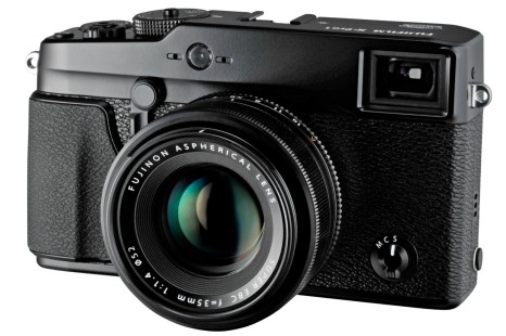 Fujifilm's X-PRO2 camera may arrive in early 2015