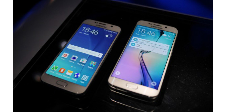 Samsung presents the Galaxy S6 smartphone