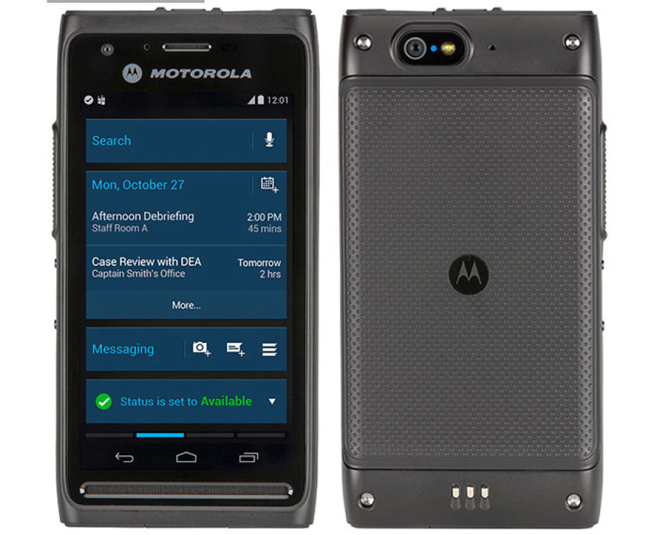 Motorola presents one new smartphone and plans another