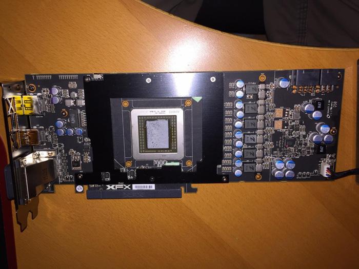 Radeon-R9-390X_s