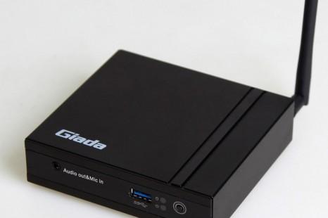Giada debuts F200 fanless mini PC