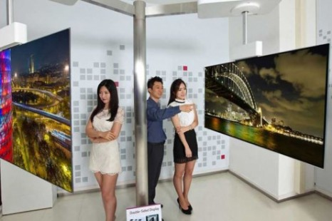 LG demonstrates 111-inch 4K double-sided OLED TV