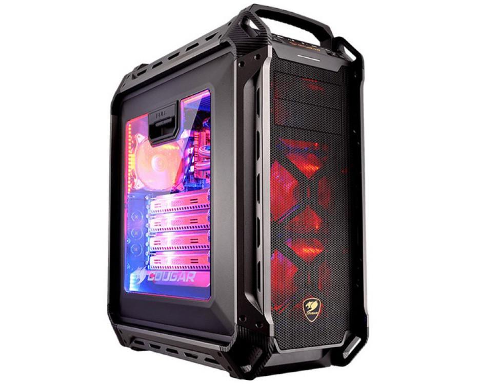 Cougar debuts the Panzer Max PC case