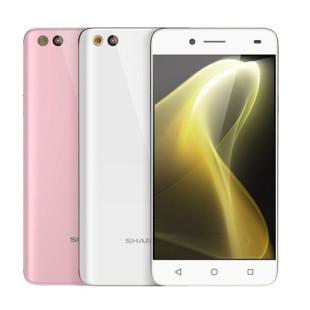 Sharp presents the M1 smartphone