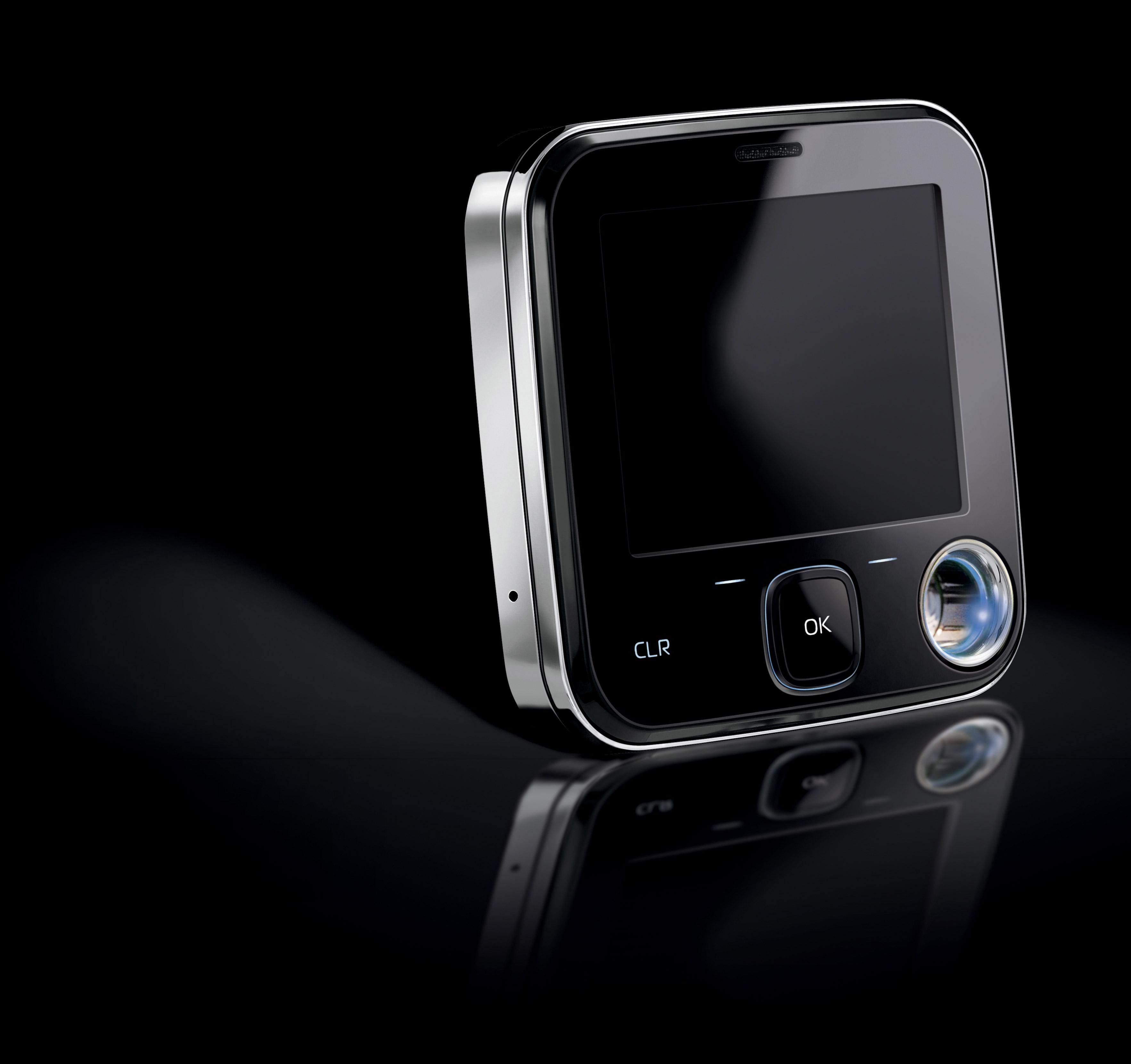 Nokia_7705_Twist_Glam_Blue