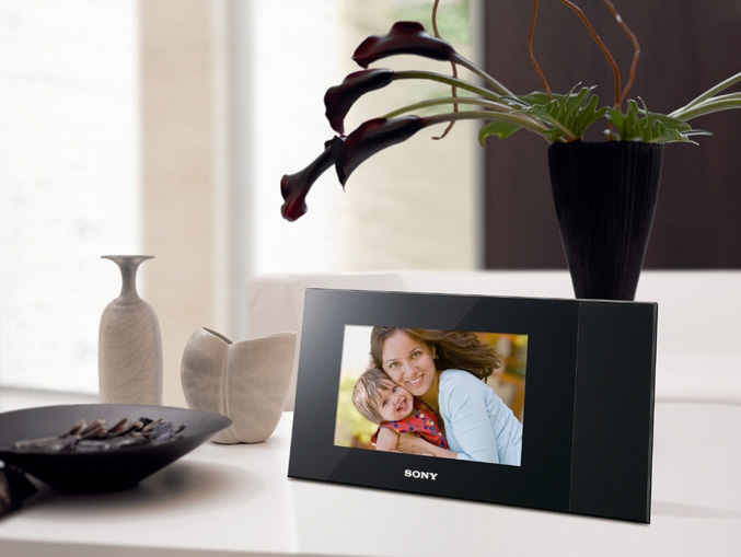 Sony DPP-F700 digital photo frame