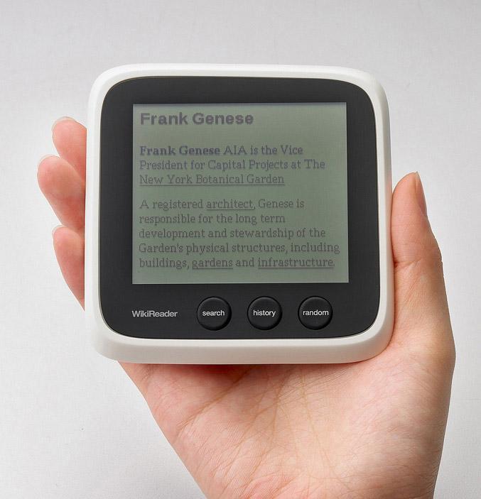 WikiReader device