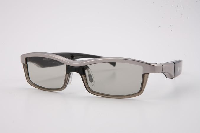 LG 3D glasses designed by Alain Mikli