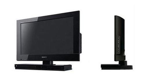 Sony-BRAVIA-KDL22PX300 with PS2