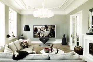 Bang&Olufsen 85-inch BeoVision 4 3D plasma TV