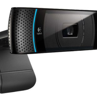 Logitech TV cam for Skype calls on Panasonic VIERA HDTVs