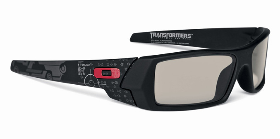 Oakley with Special Edition Transformers: Dark of the Moon 3D Glasses