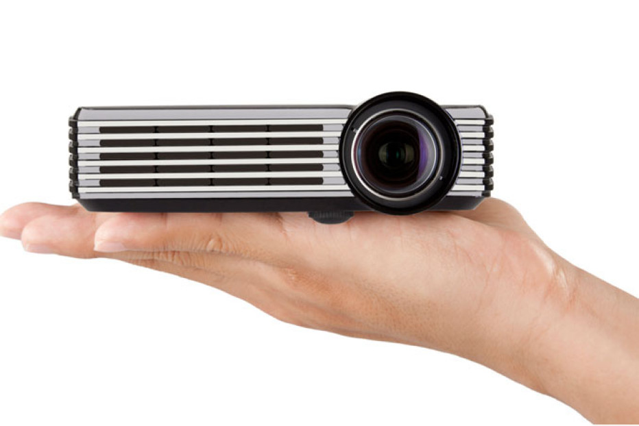 ViewSonic's new PLED-W200 and PLED-W500 portable LED Projectors