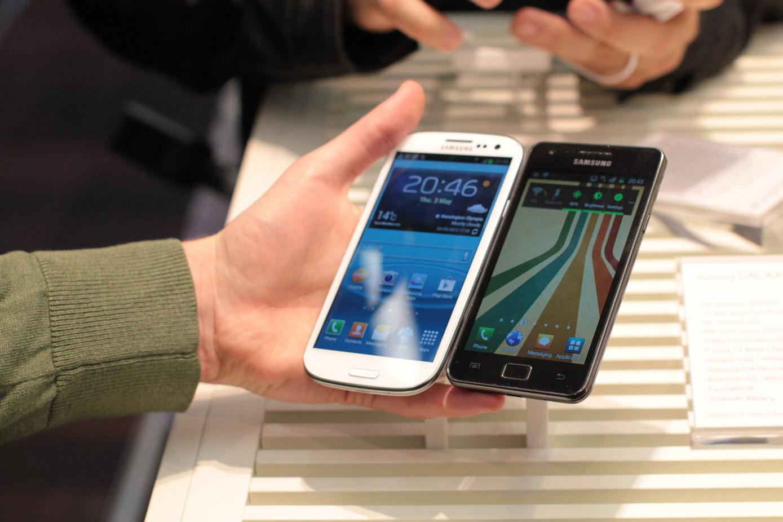 Samsung Galaxy S 3 vs Galaxy S 2