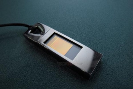 Kingmax offers world's first transparent flash drive