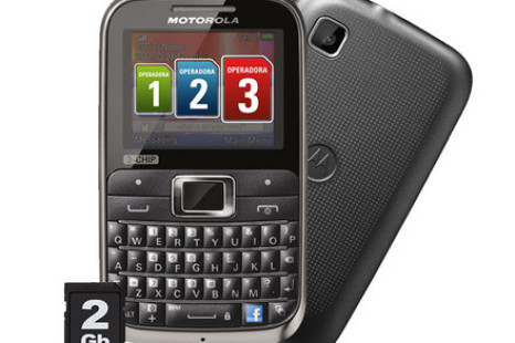 Motorola unveils first triple SIM card phone