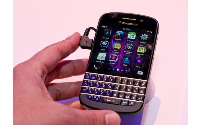 Blackberry-Q10-smartphone