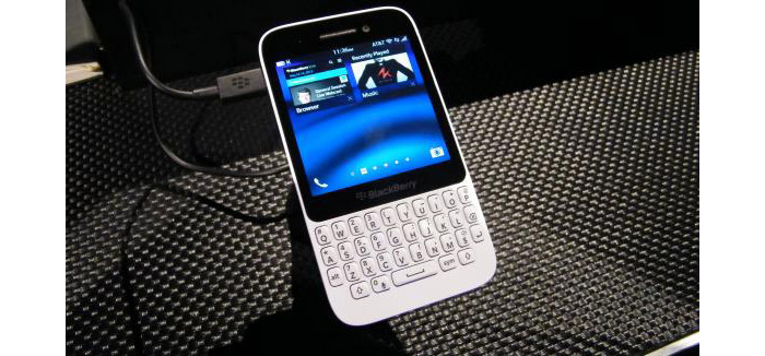 Blackberry-Q5