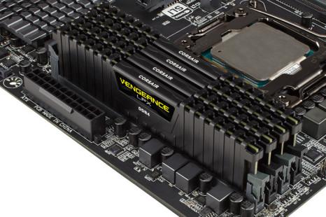 Corsair shows high-end DDR4 memory