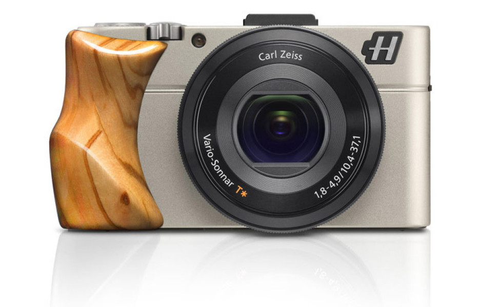 Hasselblad presents Stellar II camera