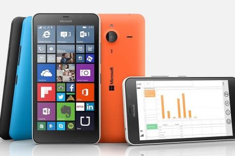 Microsoft exhibits Lumia 640 XL phablet