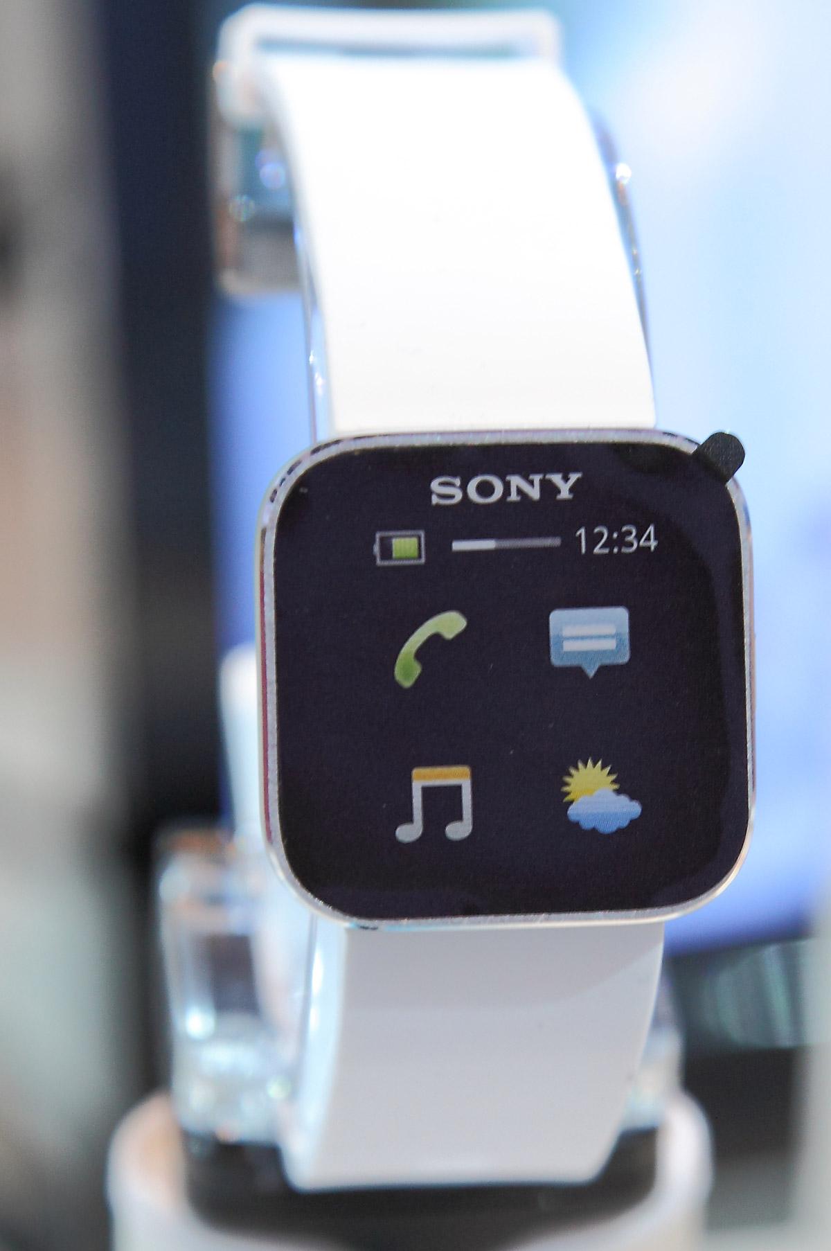 Sony-MN2–Smartwatch
