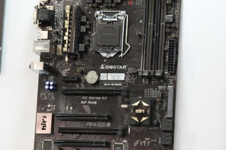 Biostar demonstrates LGA 1151 board with DDR3 and DDR4 memory slots