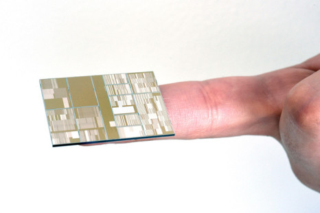 IBM develops 7 nm chip