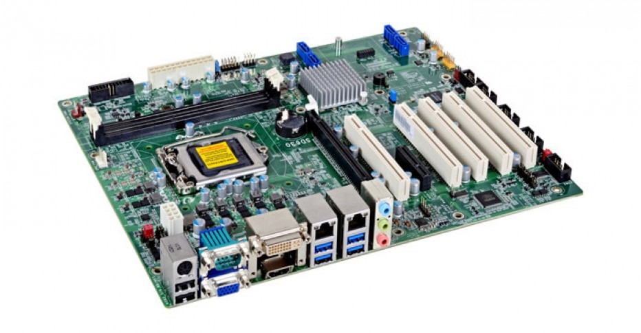 DFI combines old technology with Skylake CPUs