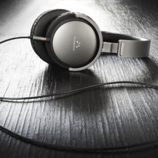 SoundMAGIC debuts Vento P55 headphones