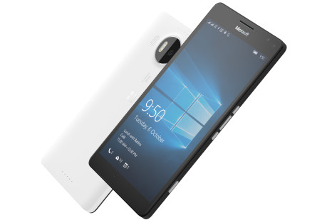 Buyers of Lumia 950XL get free Lumia 950 smartphone