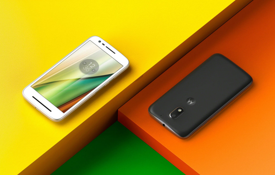 The Moto E smartphone gets presented once again