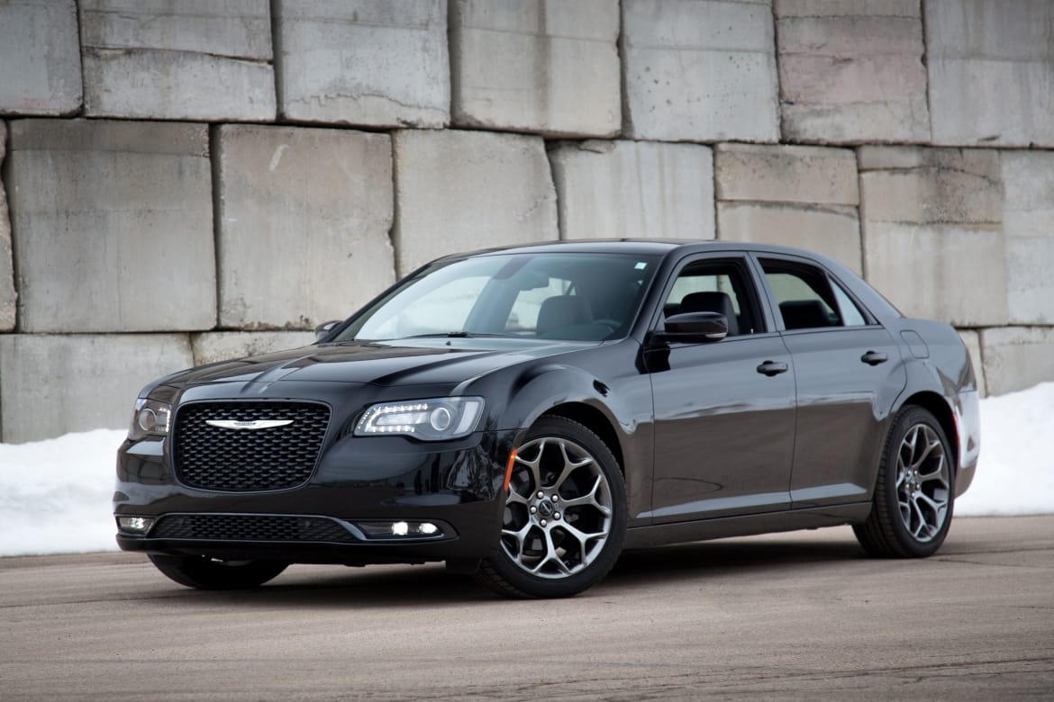 2015-Chrysler-300S