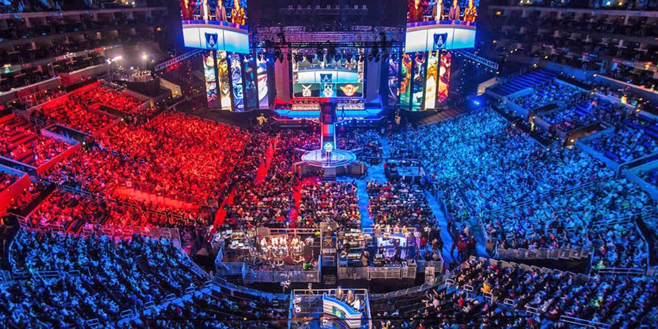 What are the Top 3 rising esports titles